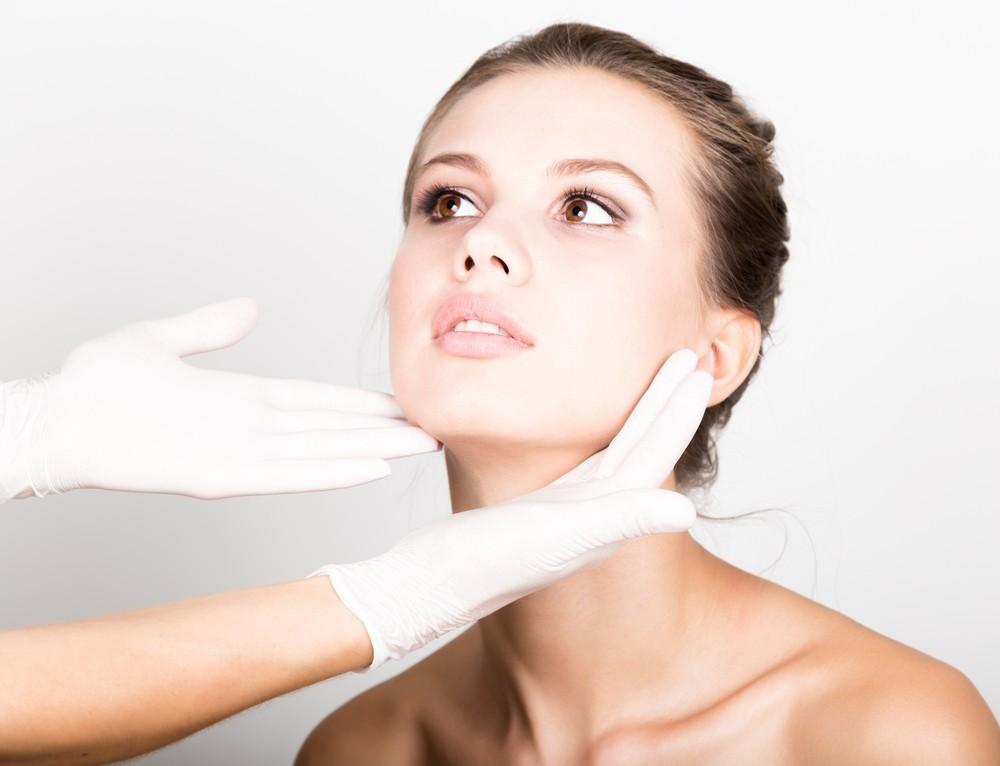 les soins visage recommandés par les meilleurs dermatologues